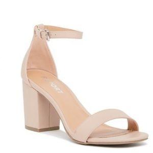Report Pamela NWOT Pink Ankle Strap Block Heels